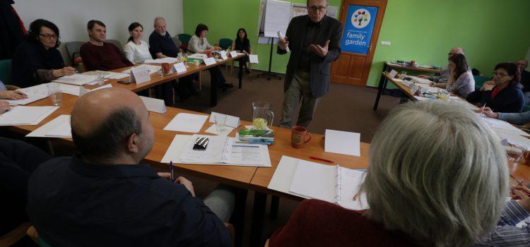 Nakuknutie do aktuálneho výcvikového kurzu KRESŤANSKÝ KOUČ vo Family Garden