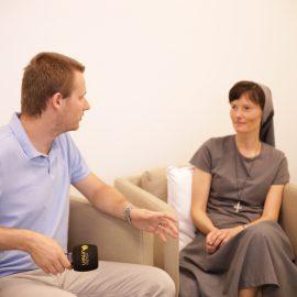 Reportáž z výcviku kresťanských koučov v Rádiu Lumen